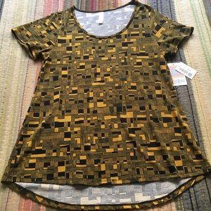 NWT LuLaRoe Classic T Shirt Yellow & Black Print